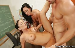 Sesso a tre in classe con Jessica Jaymes